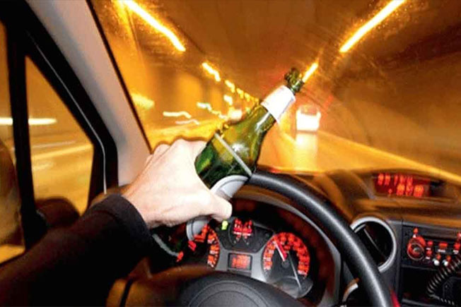Girls Caught in Drunk and Drive Test in Jubilee Hills