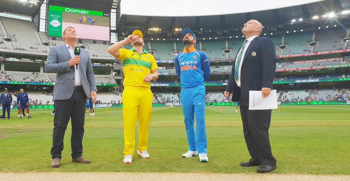 3rd odi: India won toss, elected to field