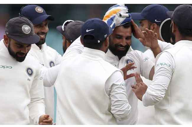 Australia trail by 316 runs with 10 wickets remaining | India tour of Australia at Sydney | 10TV