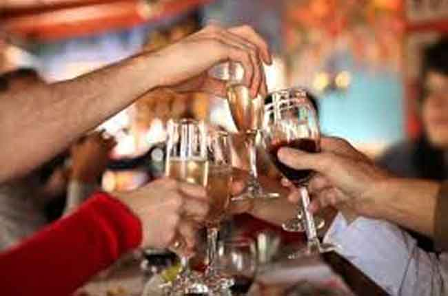 Liquor Sales At Record : Do you know what is the New Year liquor sales in Telangana | 10TV