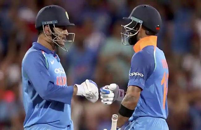 India vs Australia 2nd ODI: Virat Kohli, MS Dhoni shine as visitors level three-match series 1-1