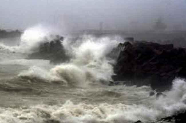 IMD Issues Orange Alert as Cyclone Pabuk | 10TV