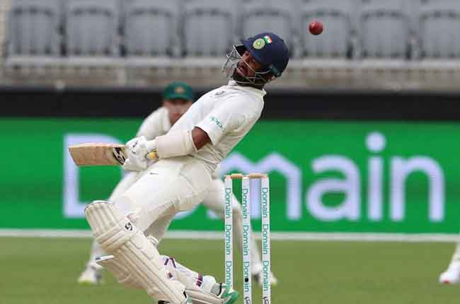 Rahul Out | 4th Test, India tour of Australia at Sydney, Jan 3-7 2019 | 10TV