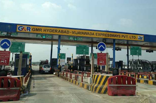 Toll Gate charges canceled on national highways in Telangana by 13th and 16th