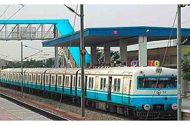 MMTS trains in Twin Cities always running late