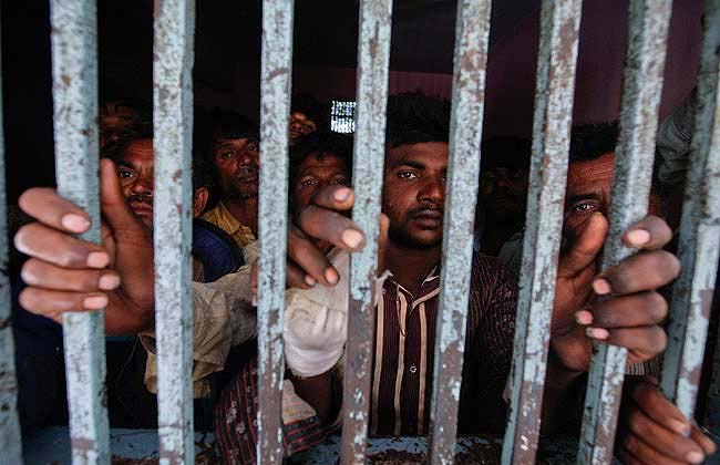 Pakistan  prisoners in West Bengal move to high security cells