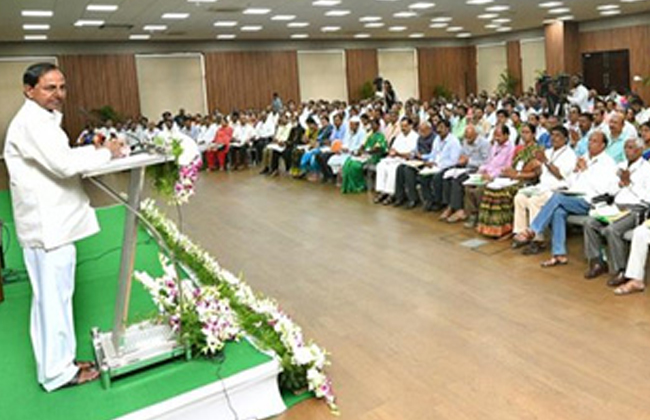 """Powers to the Panchayati""""s : KCR with direction"""