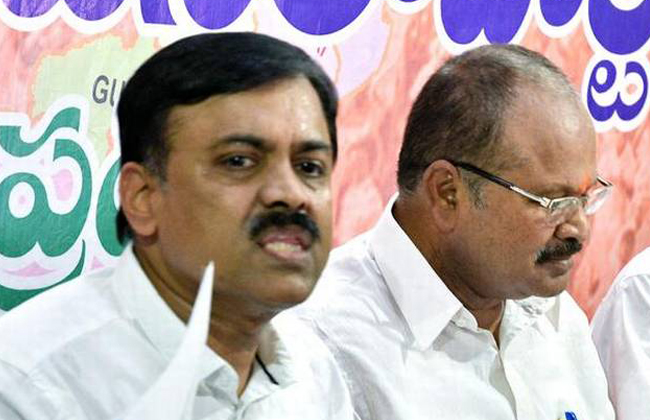 Chandrababu should stop cheap politics :GVL