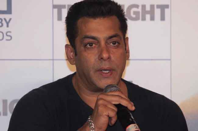 I am not contesting elections nor campaigning for any political party says salman khan