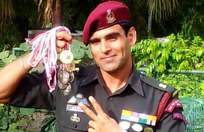 former soldier contest on Sonia Gandhi in lok sabha elections