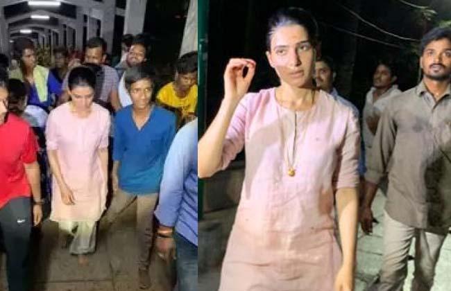 Heroin samantha walking with devotees to tirumala titupathi