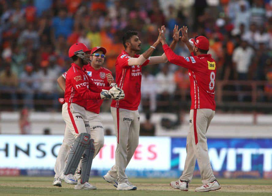 preity zinta bangra dance after winning kxip