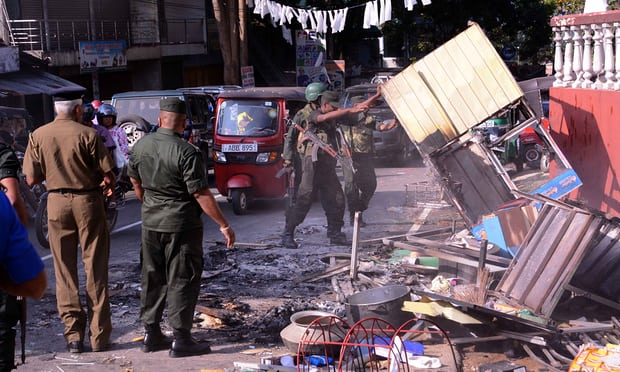 Bomb Blasts in Sri Lanka.. Schools Close Government Orders