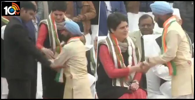 Man Breaks Security To Meet Priyanka Gandhi In UP. Watch Her Reaction