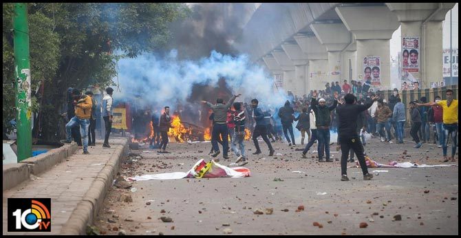 Violence In East Delhi Over Citizenship Act, Stones Thrown, Tear Gas