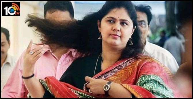 Won't be in BJP core committee, declares Pankaja Munde during rally on home-turf