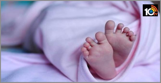 baby died due to negligence of govt doctors