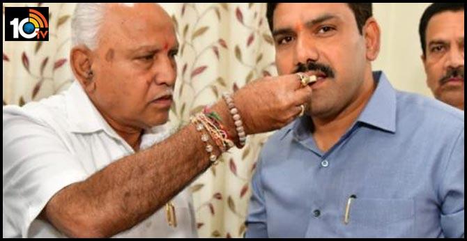 karnataka Bypoll counting BJP Leading