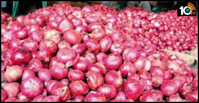 onion price fall in hyderabad market