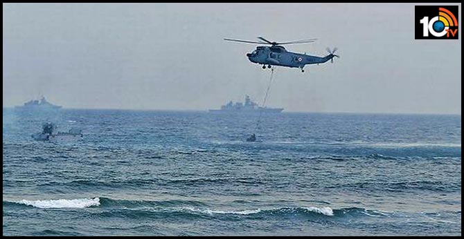visakhapatnam operational demonstration rehearsals held ahead of navy day