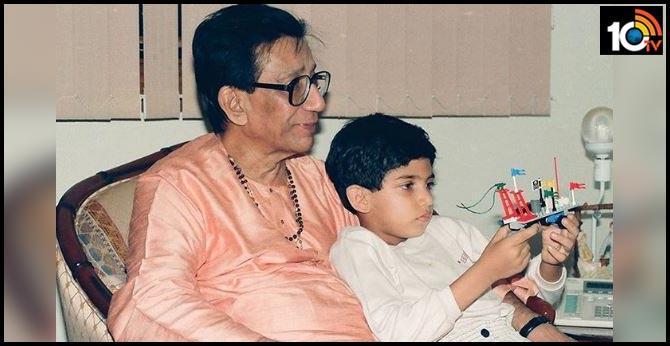 Aaditya Thackeray's Throwback Pic On Bal Thackeray's Birth Anniversary