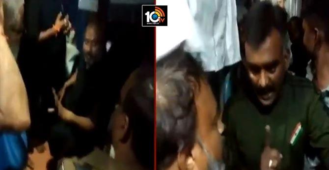 Army jawans attacked on Ayyappa devotees