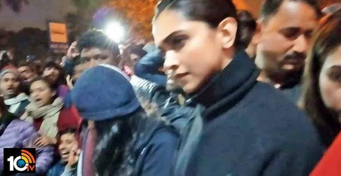 BJP boycott call after Deepika's JNU visit