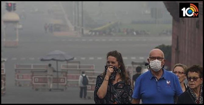 Dangerous air pollution in Delhi