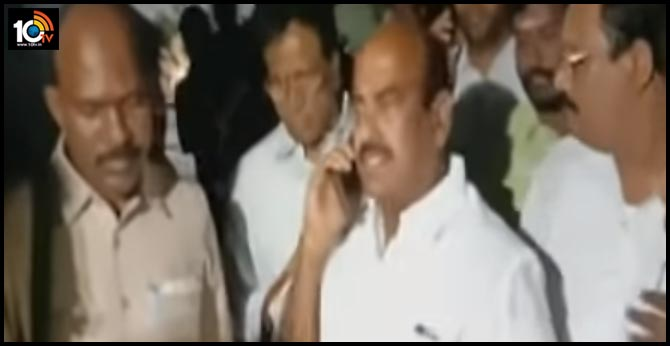 Bail drama: JC Diwakar Reddy Fire On police