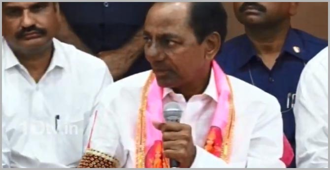 KCR strong warning to Oppositions of allegations on social media