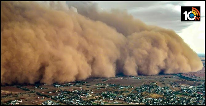 Massive dust storms take over wildfire-hit Australia. Viral videos and pics