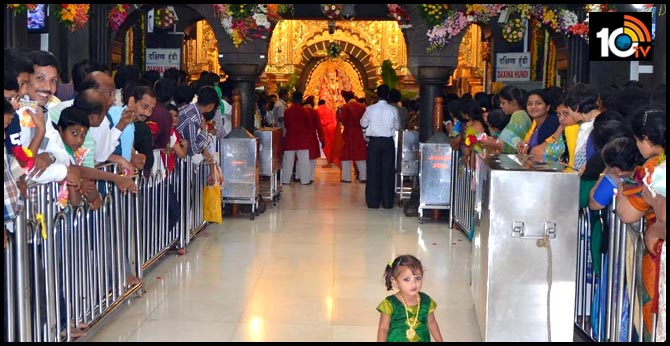 Shirdi Temple is not closing