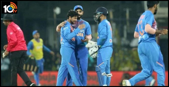 Srilanka sets target to Team India 143 score in 2nd T20 match in Indore