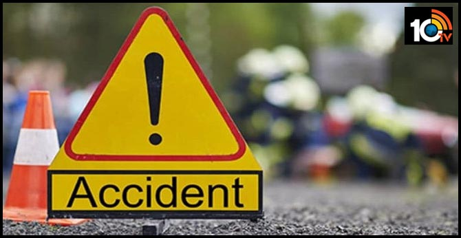 Three killed in road accident at Anantapuram