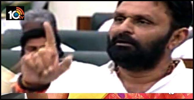 minister kodali nani sensational comments on ysr death