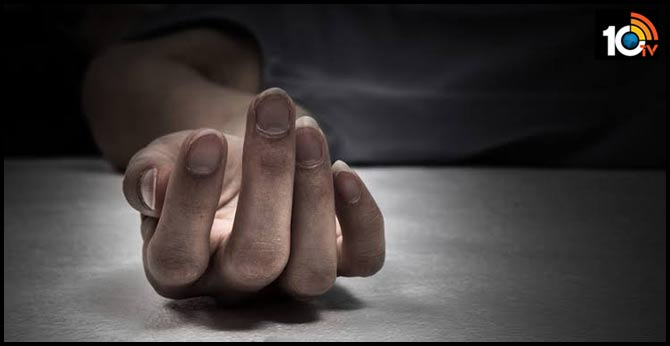 one killed with current shock in hyderabad