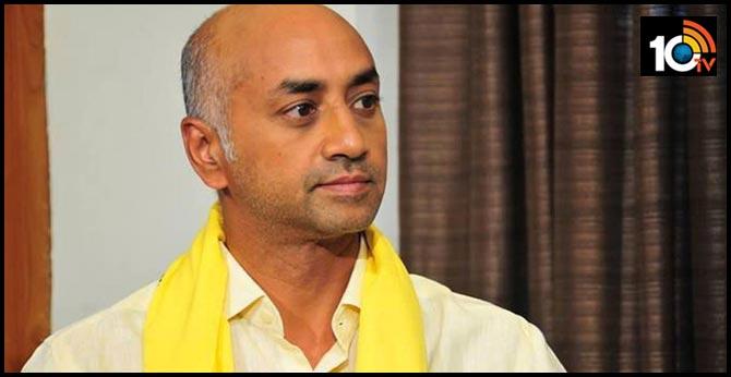 tdp leader Galla Jayadev reject police notice