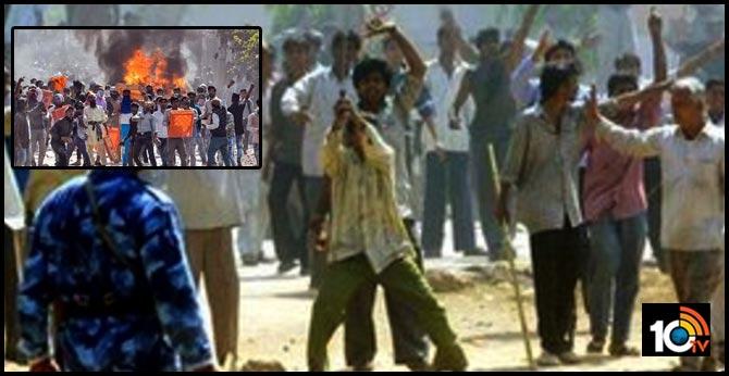 Delhi violence reminder of 2002 Gujarat riots