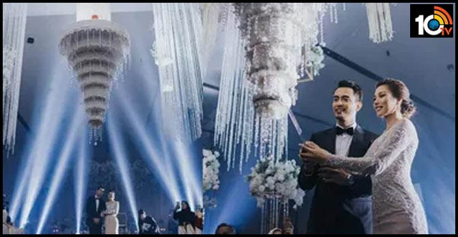 Malaysian Couple Stun Wedding Guests with Splendid Chandelier Wedding Cake Wow Melampau Kek Kawin Aiman dan Zahirah!