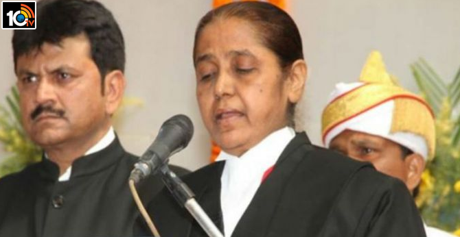 Supreme Court Justice faints in courtroom during hearing of Nirbhaya gang rape case