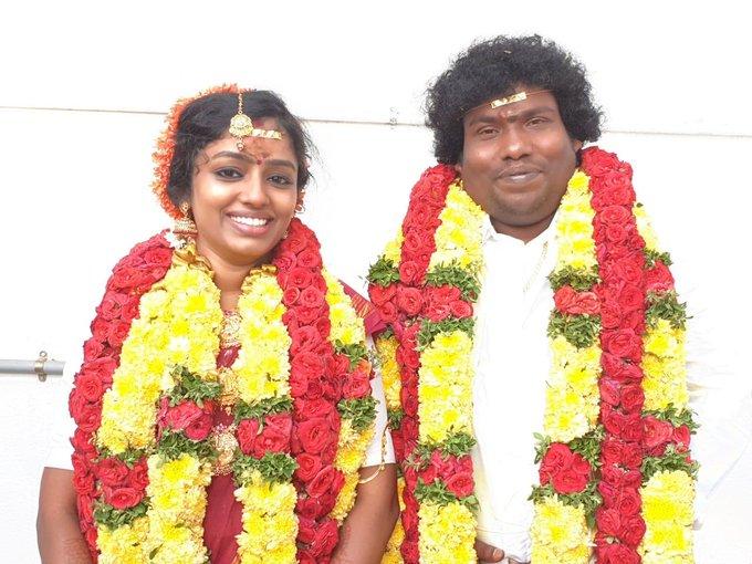 Kollywood Popular Comedian Yogi Babu Married to Manju Parkavi