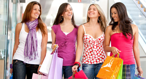 China: Shopping Complex Allows Shoppers To Hire 'girlfriends' For Just Rs 10