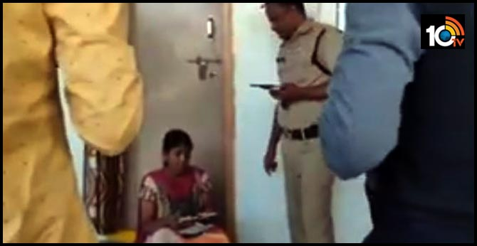 wife catched red-handed his husband with another young woman