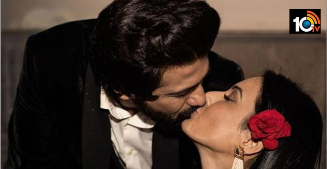 Kamya Punjabi and Shalabh Dang lock-lips to celebrate one month Love