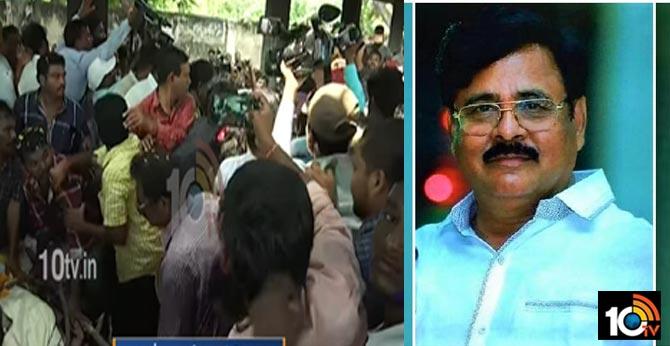Pranay Murder, Murthy Rao Suicide, Relatives Abduct Amrita For Properties