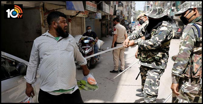The Indian Police must understand that coronavirus cannot be beaten with a lathi
