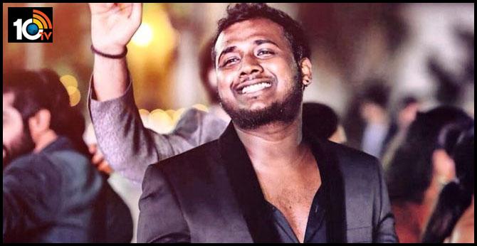 attack on big boss 3 telugu winner rahul sipligaunj in pub