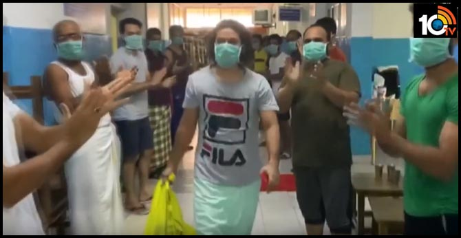 Kerala patient gets warm send off after being cured of coronavirus