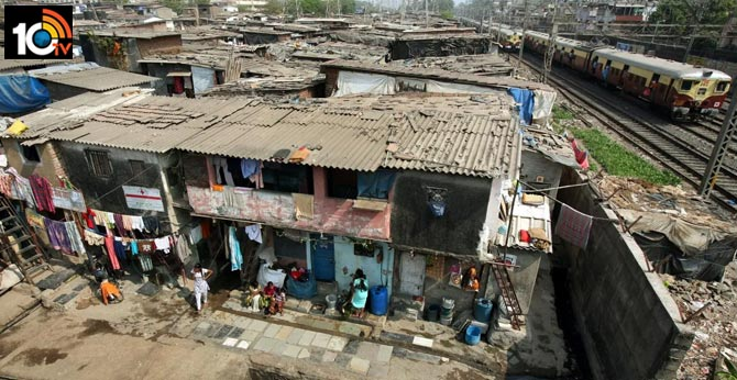 More issues in Dharavi Slum Area, People to live with Four to Five cans of water