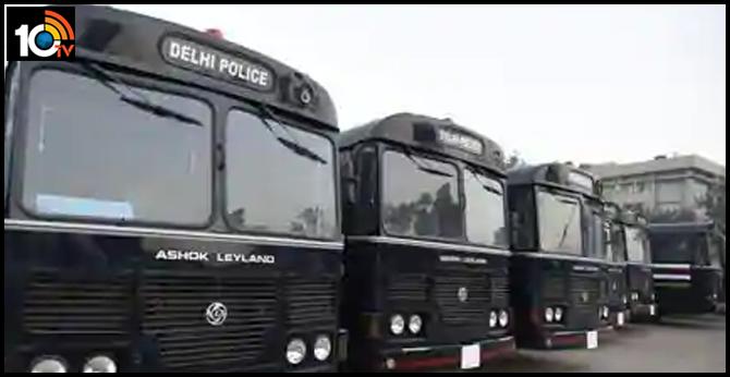 Rapid testing for Covid-19 in Delhi ordered, 25 prisoner vans will be mobile labs